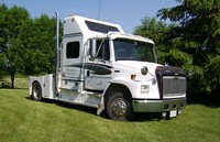 Freightliner Presidential Suite Special Truck Picture