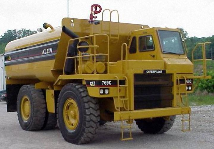 1991 Caterpillar Water Truck Picture