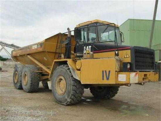 1998 Caterpillar D250E Truck Picture