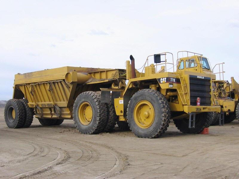 1993 Caterpillar 776C Truck Picture