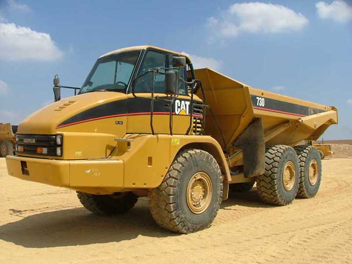Front Left 2006 Caterpillar 730 Truck Picture