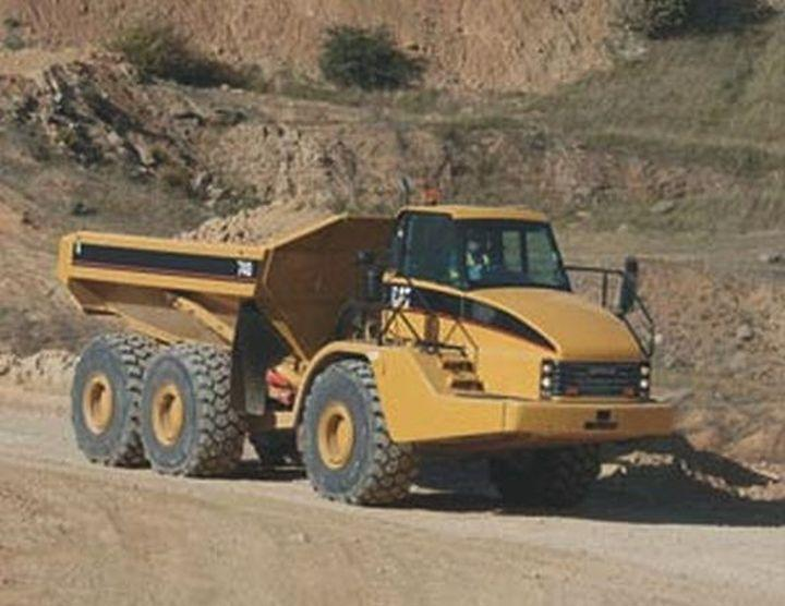 Caterpillar 740 Mining Truck Picture