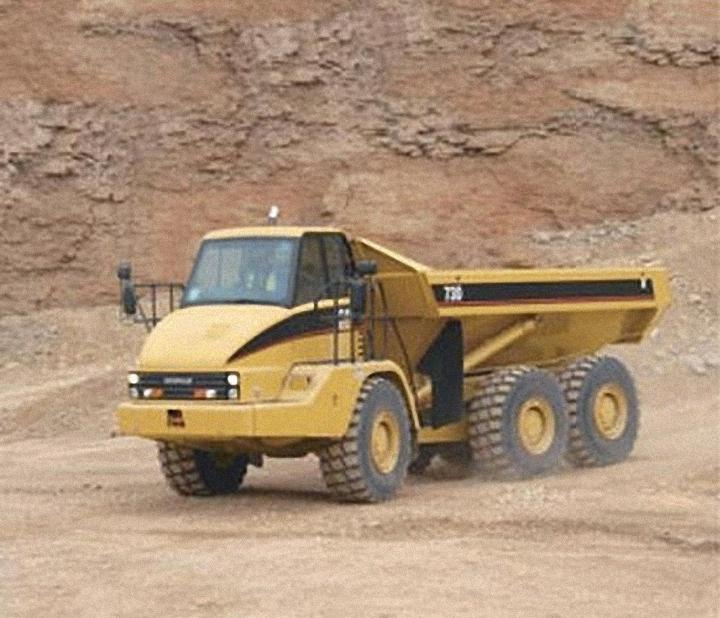 2005 Caterpillar 730 Truck Picture