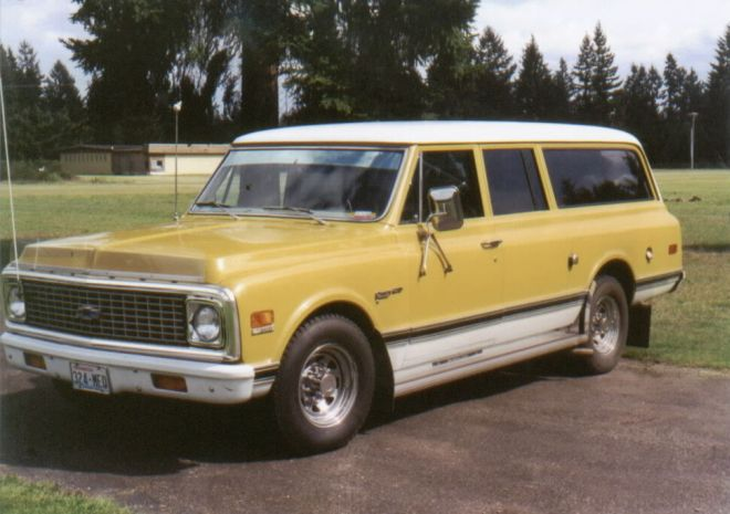 1972 Chevrolet Surbuban Truck Picture