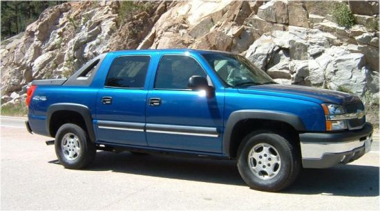 2003 Chevrolet Avalanche Truck Picture