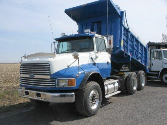 Front Left Blue And White 1994 Ford L9000 Truck Picture