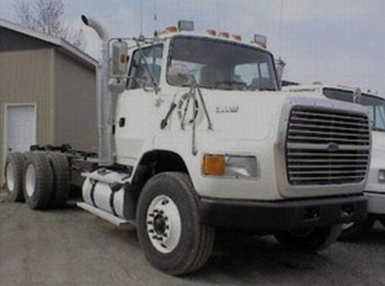 1995 Ford L9000 Truck Picture