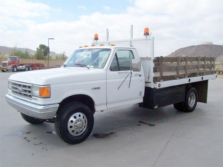 1990 Ford F450 Truck Picture