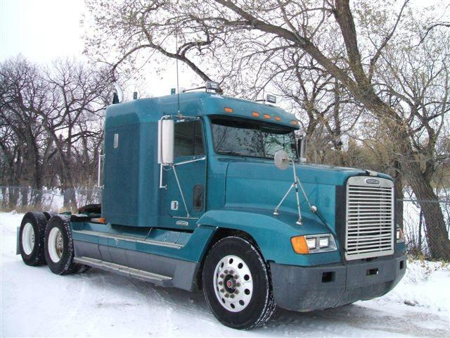 1997 Freightliner FLD120 Truck Picture