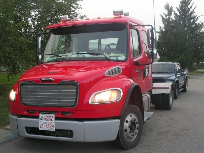 2006 Freightliner M2 Truck Picture