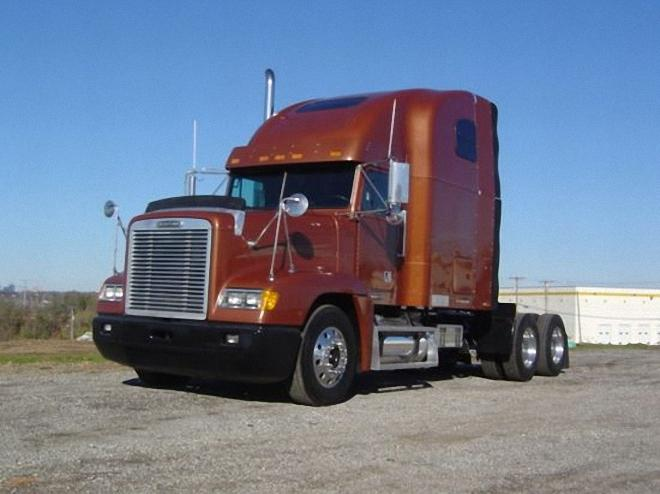 Front Left Brown 2002 Freightliner FLD120 Truck Picture