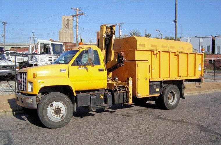 Left Side 1998 GMC Topkick C8500 Truck Picture