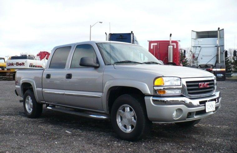 Front Right Silver 2005 GMC Sierra Truck Picture