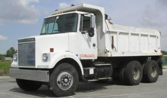 Front Left White 1990 GMC WC564 Truck Picture