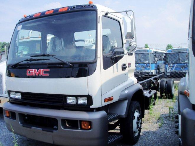 2005 GMC T6500 Truck Picture