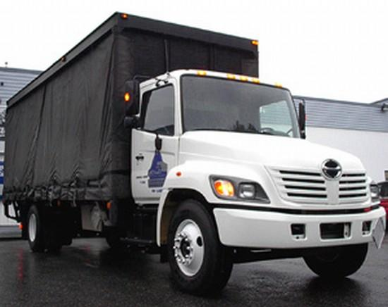 Front Right White 2005 Hino 338 Truck Picture