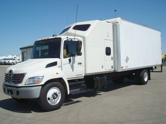 Front Left White 2007 Hino 338 Truck Picture