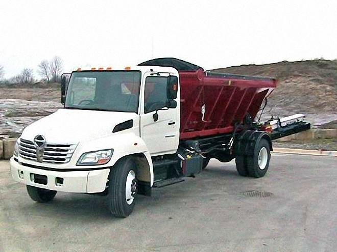 Front Left 2007 Hino 338T Truck Picture