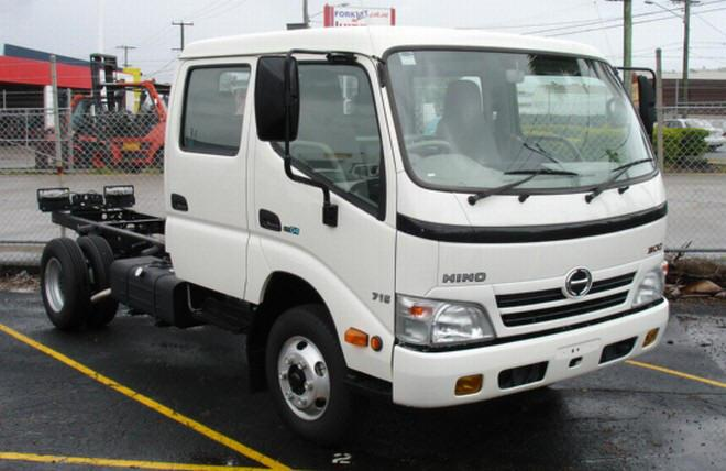 Front Right White 2008 Hino 300 Truck Picture