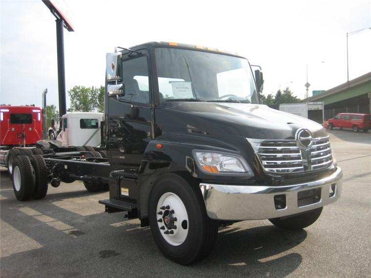 Front Right Black 2008 Hino 338 Truck Picture