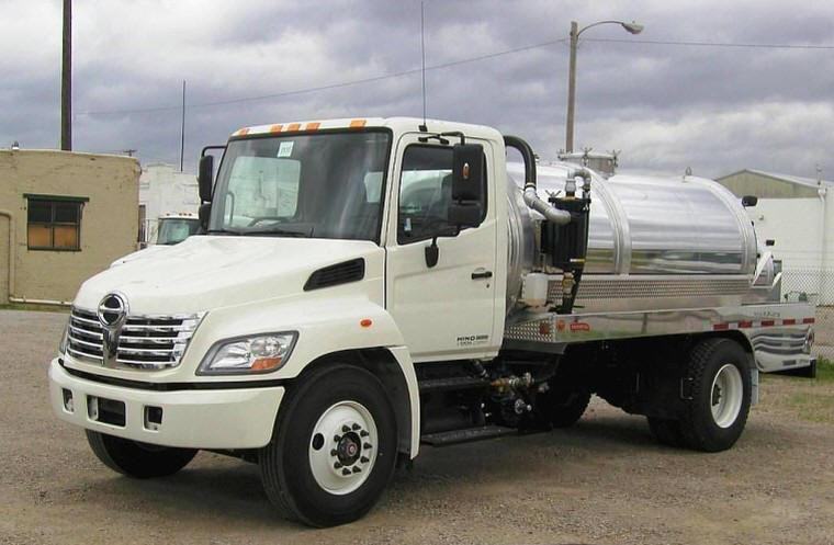 Front Left 2008 Hino 338 Tanker Truck Picture