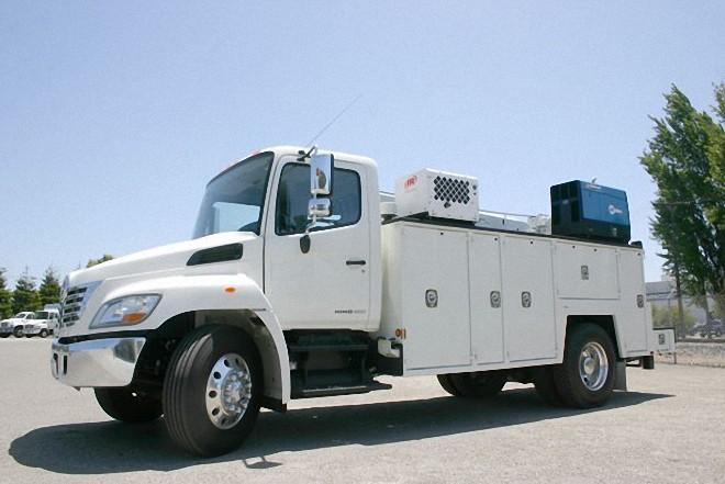 Left Side White 2008 Hino 338 Service Utility Truck Picture