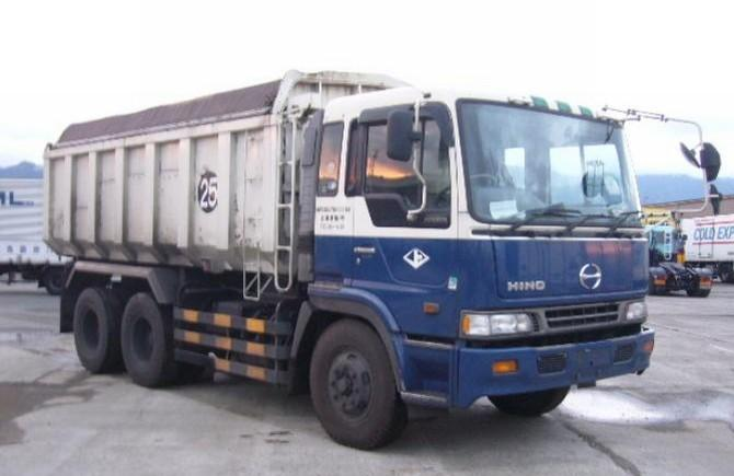 Front Right Hino Heavy Dump Truck Picture