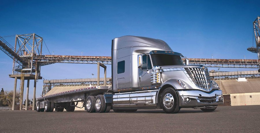 Front Right Silver 2009 International Lonestar Truck Picture