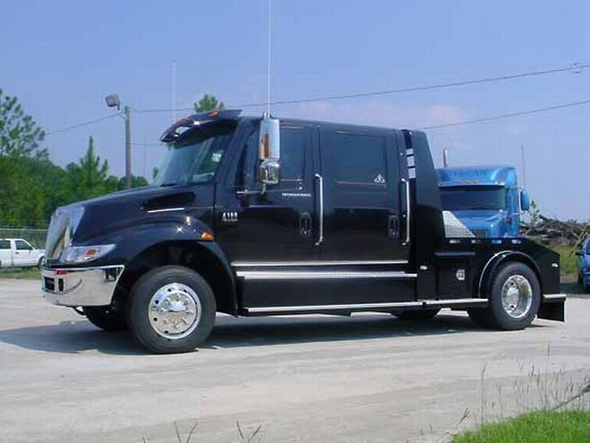 2007 International 4200 Truck Picture