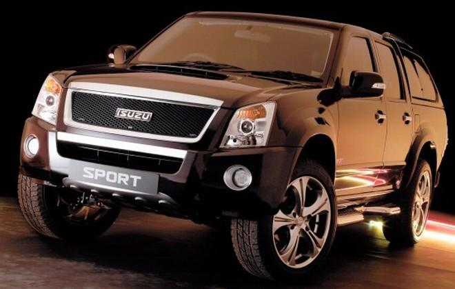 Front Left 2009 Isuzu Rodeo LE Sport Truck Picture