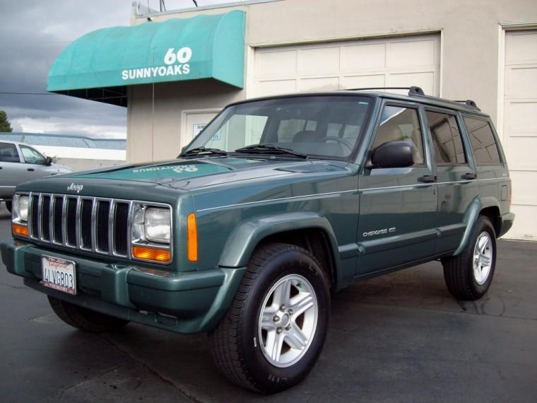 Front left 2000 Jeep Cherokee Ltd. Truck Picture