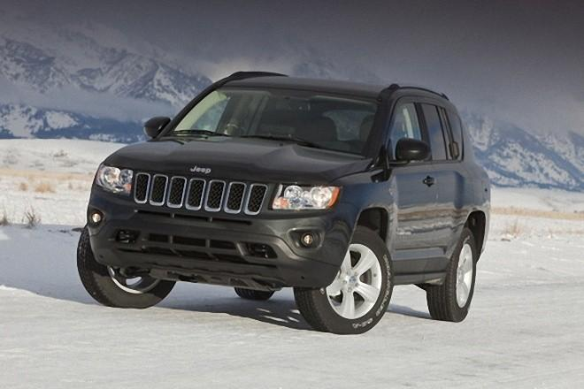 Front Left 2011 Jeep Compass Truck Picture