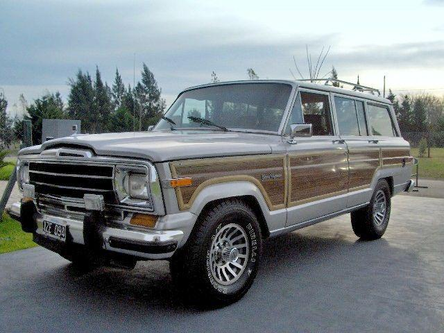1987 Jeep Wagoneer Truck Picture