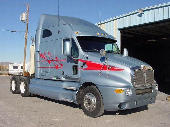Kenworth T2000 Truck Picture