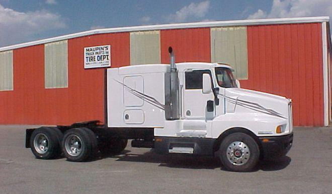 1995 Kenworth T600B Truck Picture