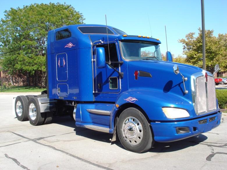 Front Right Blue 2008 Kenworth T660 Truck Picture