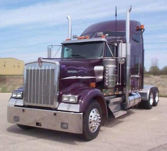 2001 Kenworth W900L Truck Picture