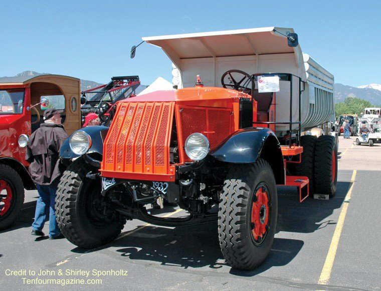 Front Left 1932 Mack AP Truck Picture