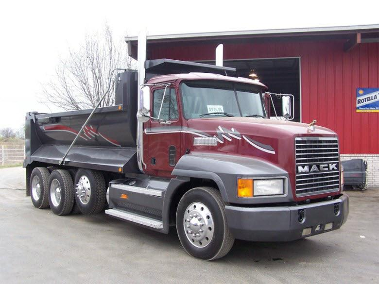 Front Right 1996 Mack CH613 Dump Truck Picture