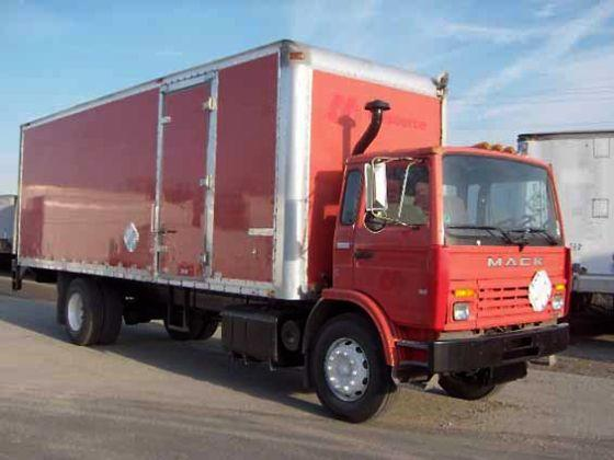 1998 Mack Midliner MS250P Truck Picture