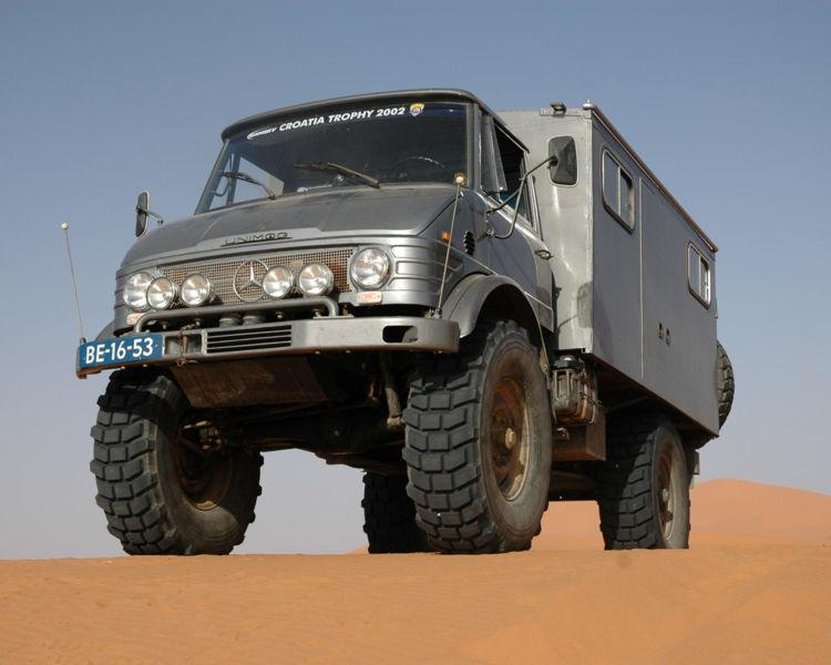 Front Left 2007 Mercedes-Benz Unimog Truck Picture