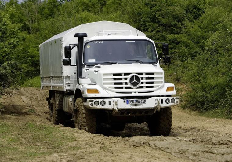 Front View White 2009 Mercedes-Benz Zetros Truck Picture