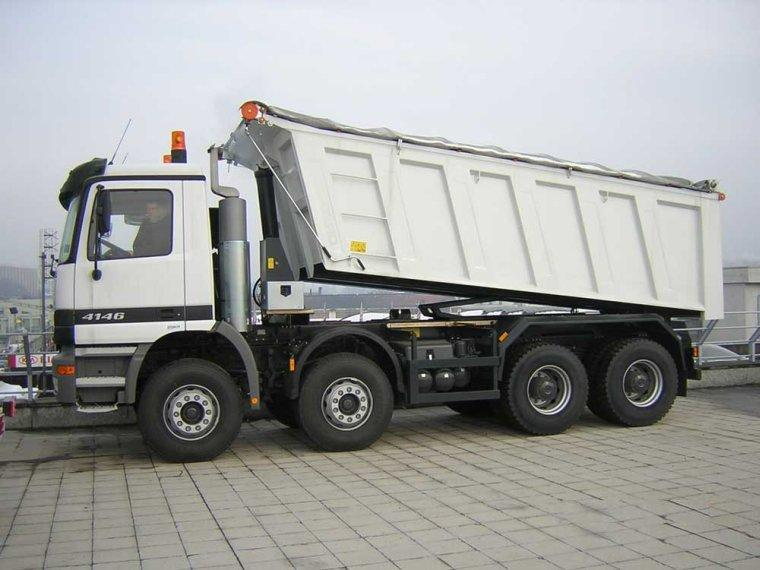 Mercedes-Benz Actros 4146 Truck Picture