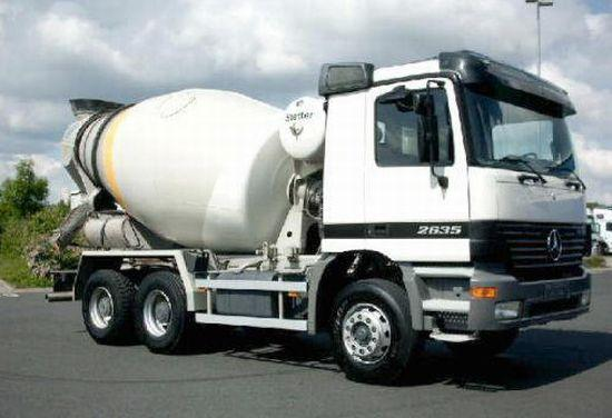 2000 Mercedes-Benz 2635 Truck Picture