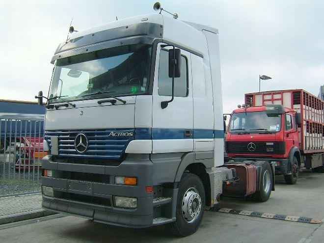 1999 Mercedes-Benz 1840 Truck Picture