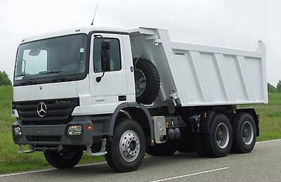 2000 Mercedes-Benz Actros 3331 Truck Picture