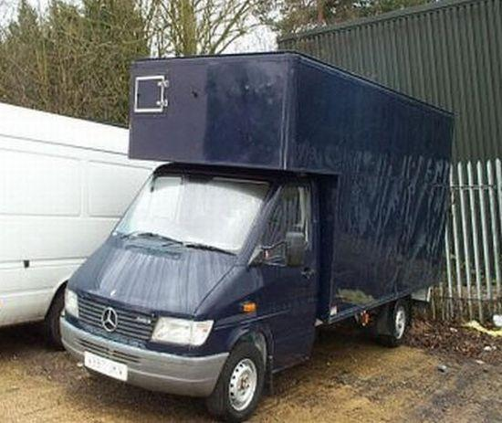 Front Left Blue 1999 Mercedes-Benz Sprinter Truck Picture