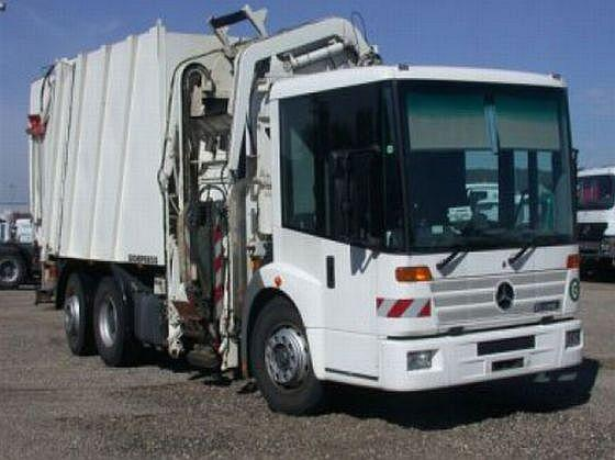 2006 Mercedes-Benz Econic Truck Picture