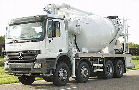 Mercedes-Benz 3241 Truck Picture