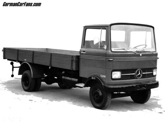 Front Right Gray 1965 Mercedes-Benz LP608 Truck Picture